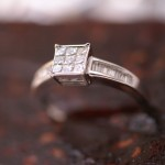 Bague-diamants-baguettes-et-princesses
