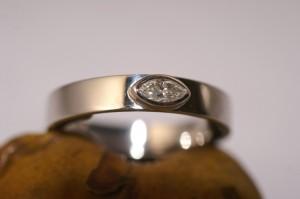 Solitaire diamant navette 0,15 carat